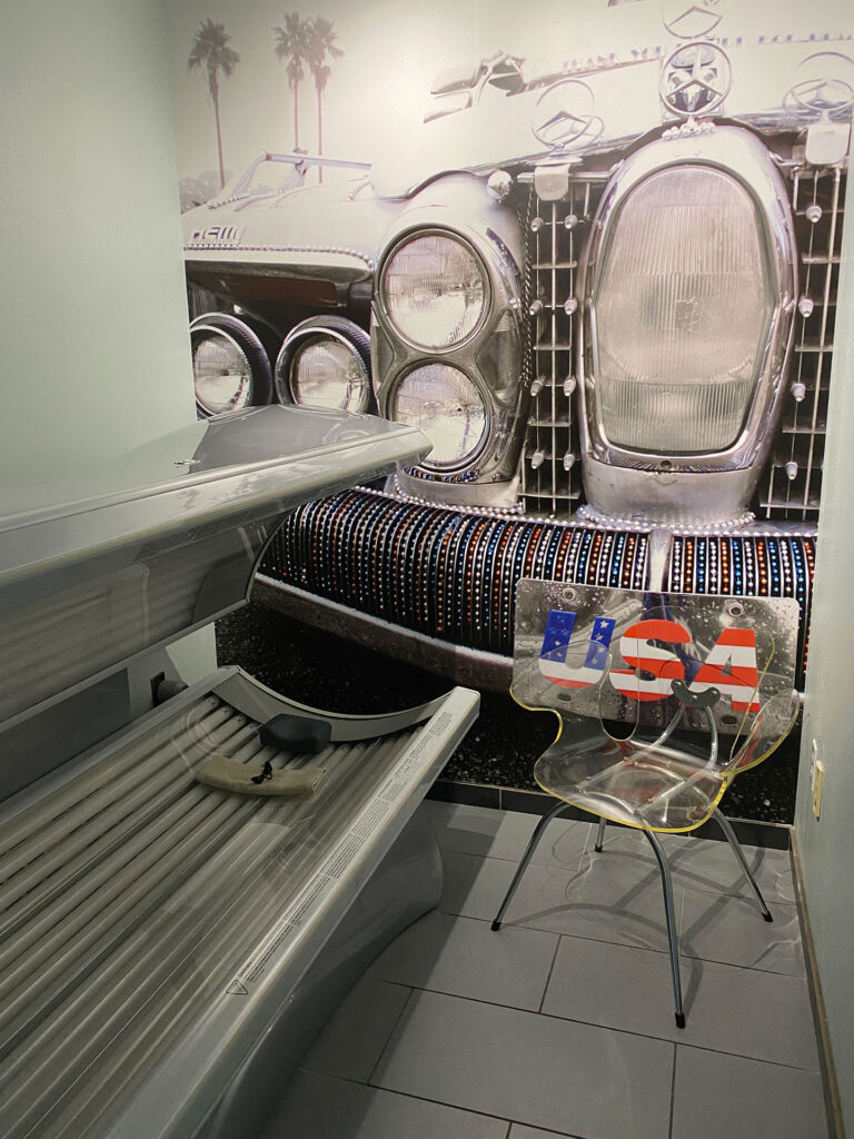 E-1 Tanning Bed